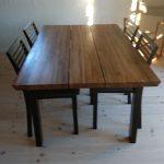 designer spisebord i hårdt træ